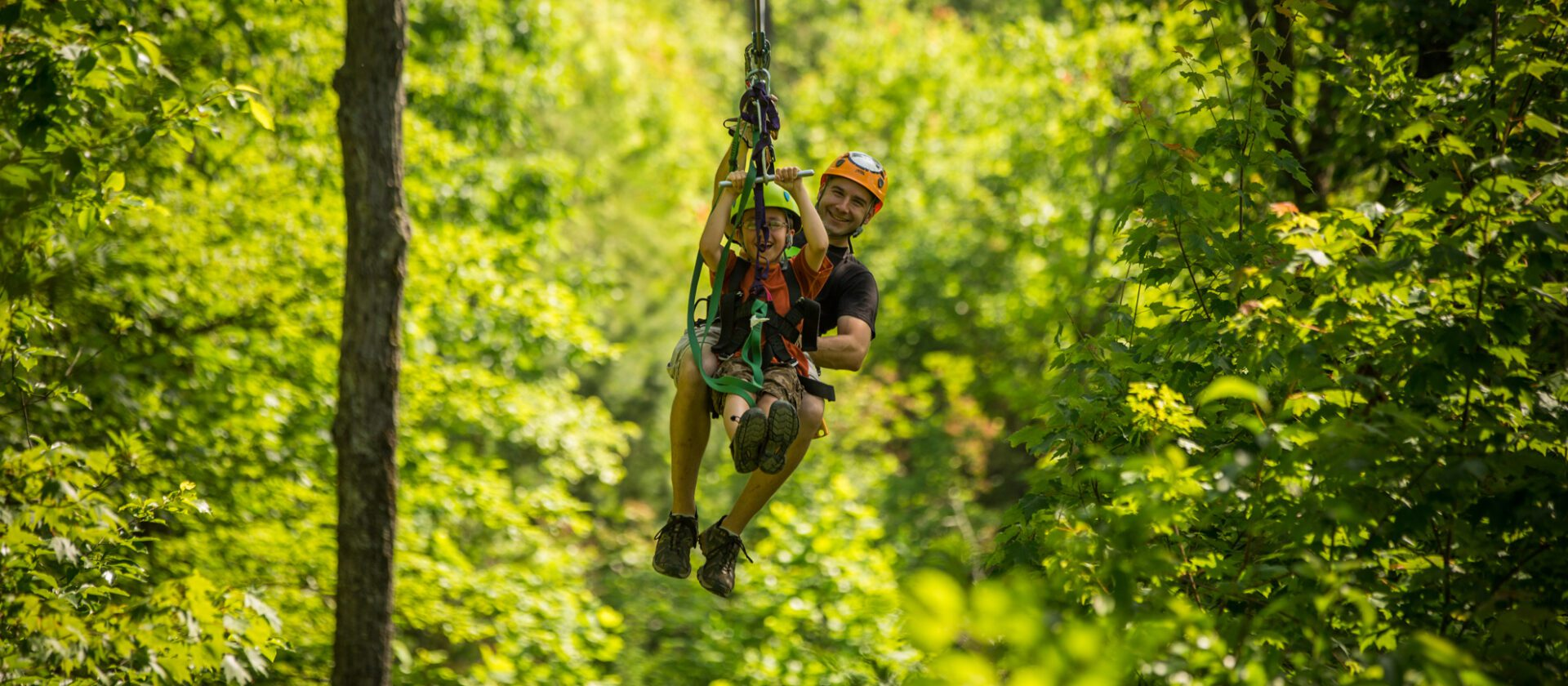 5 Reasons You Should Zipline in the Smoky Mountains on Your Family Vacation