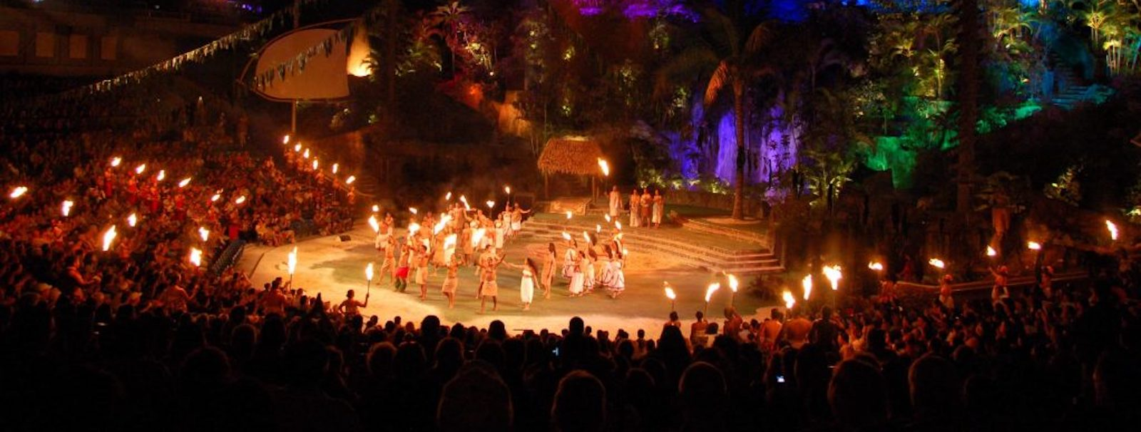 Top 4 Reasons to Book One of Our Polynesian Cultural Center Packages