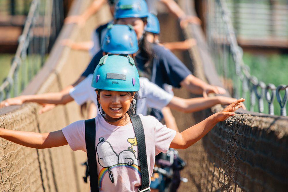 kids on Oahu zipline tour