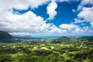 pali lookout over oahu