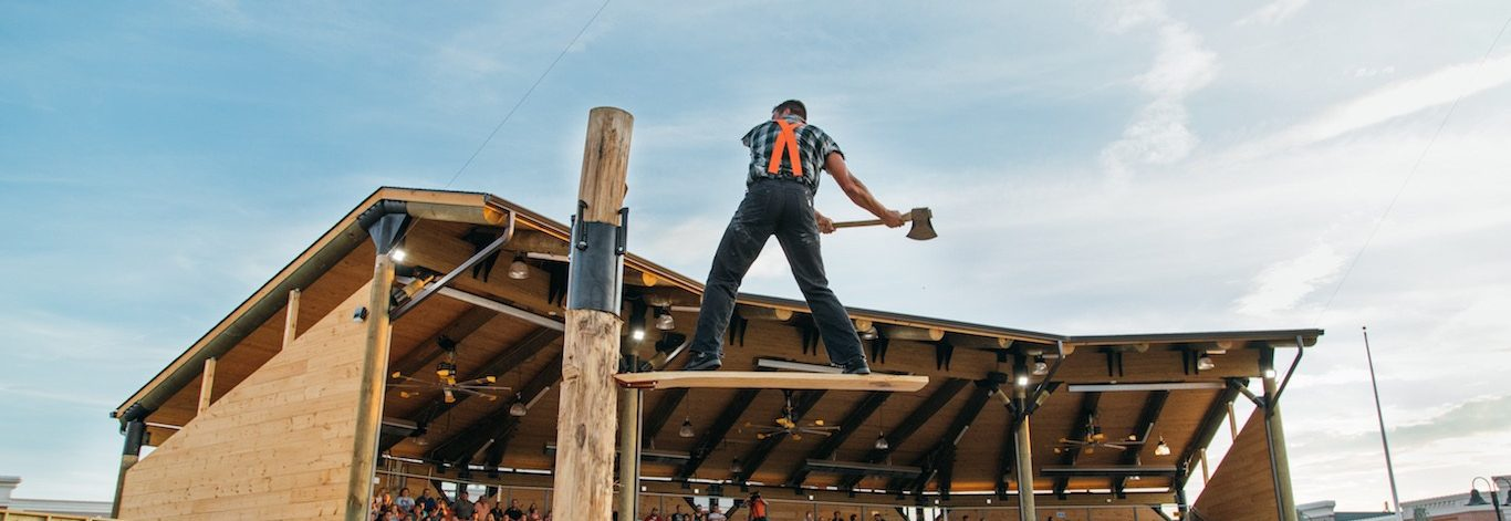Top 4 Things You Need to Know About Visiting the Lumberjack Feud in Pigeon Forge