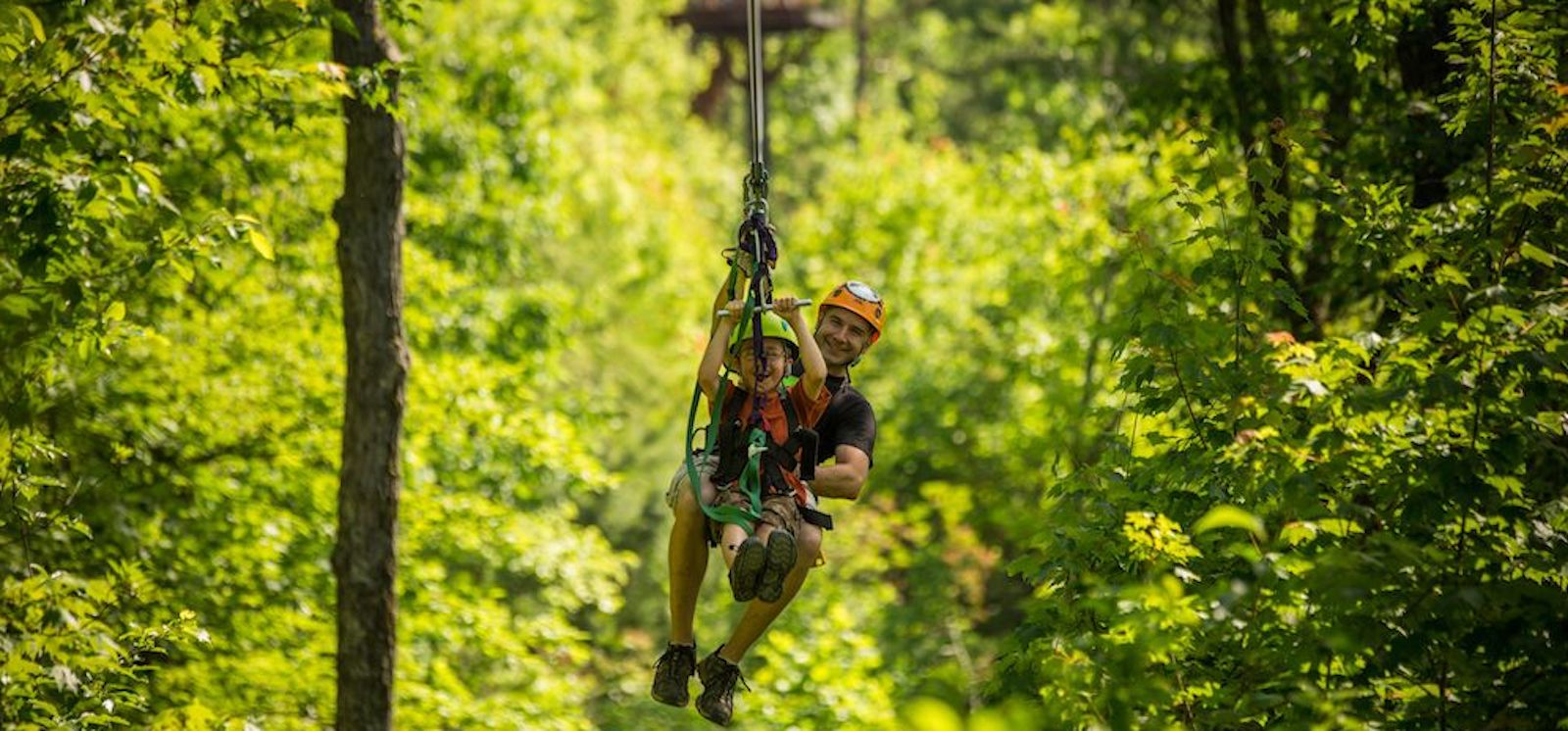 Top 4 Reasons Our Gatlinburg Ziplines Are Perfect for Family Bonding