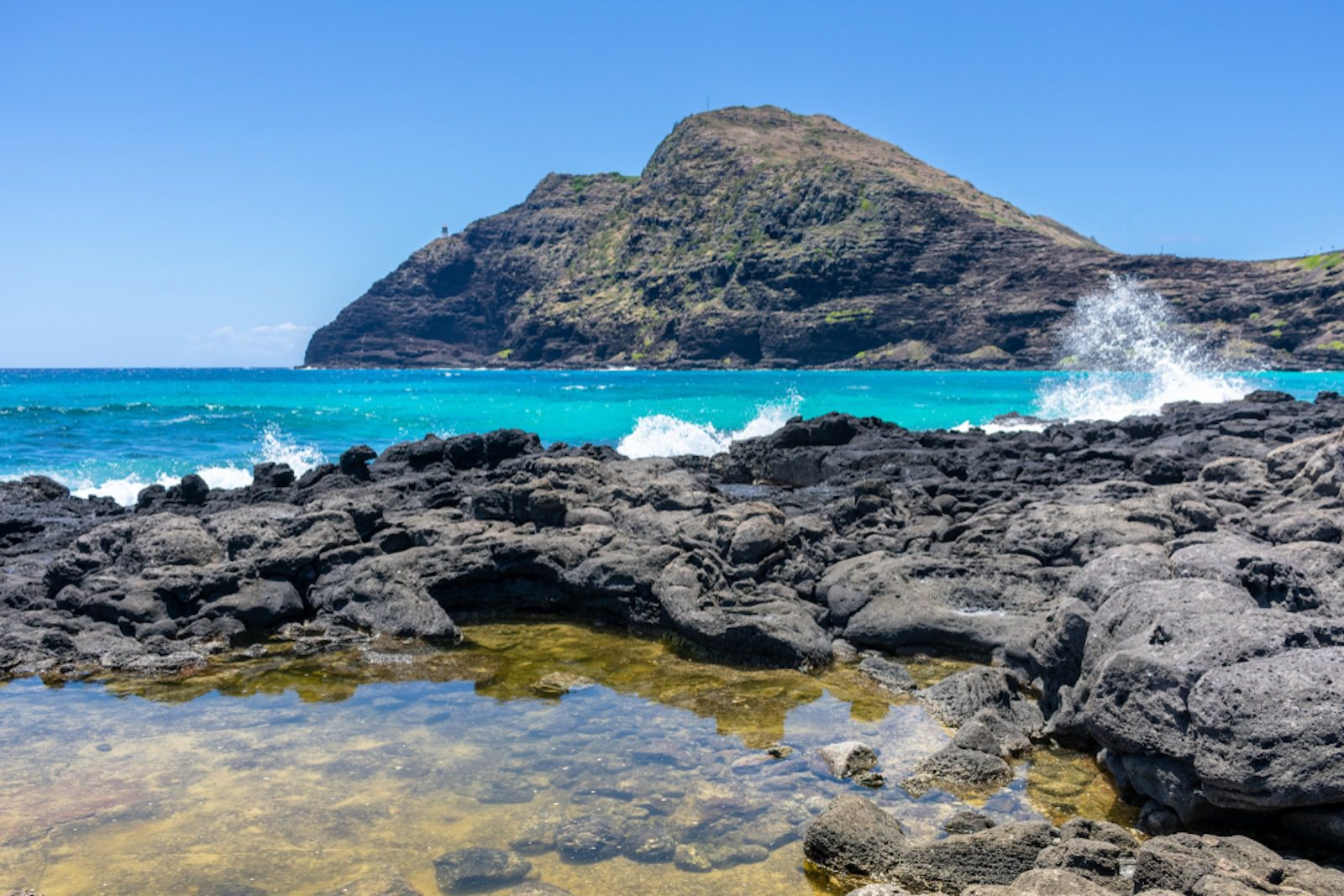 7 Picture-Perfect Places to Visit on Oahu's South Shore